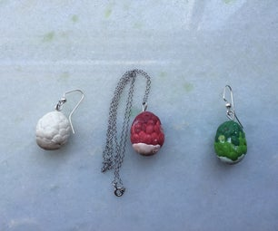 Mini Game of Thrones Dragon Egg Jewelry Set