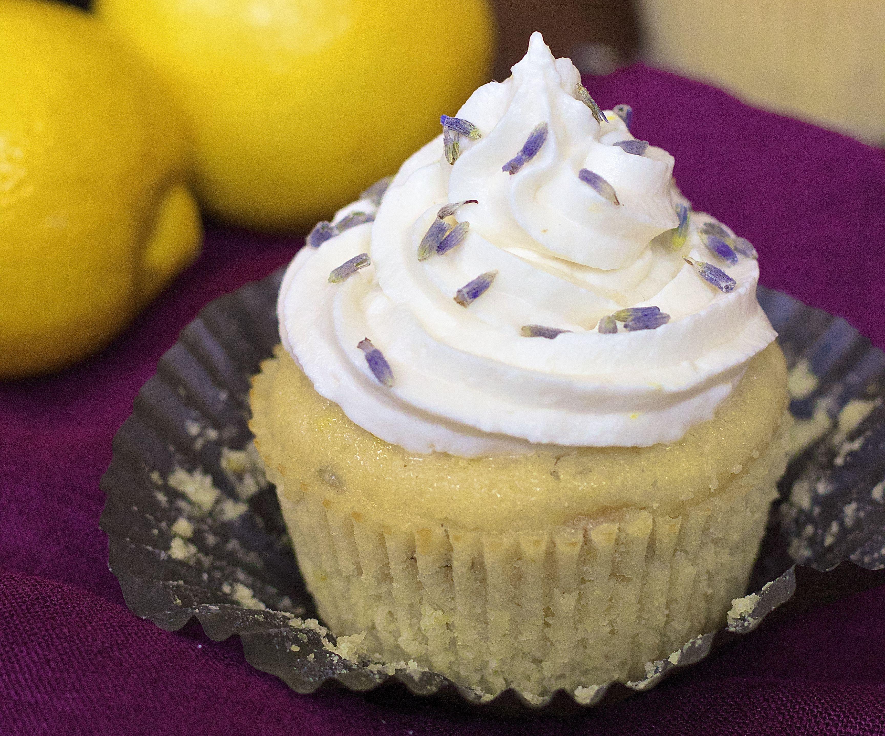 Lavender Lemonade Cupcakes