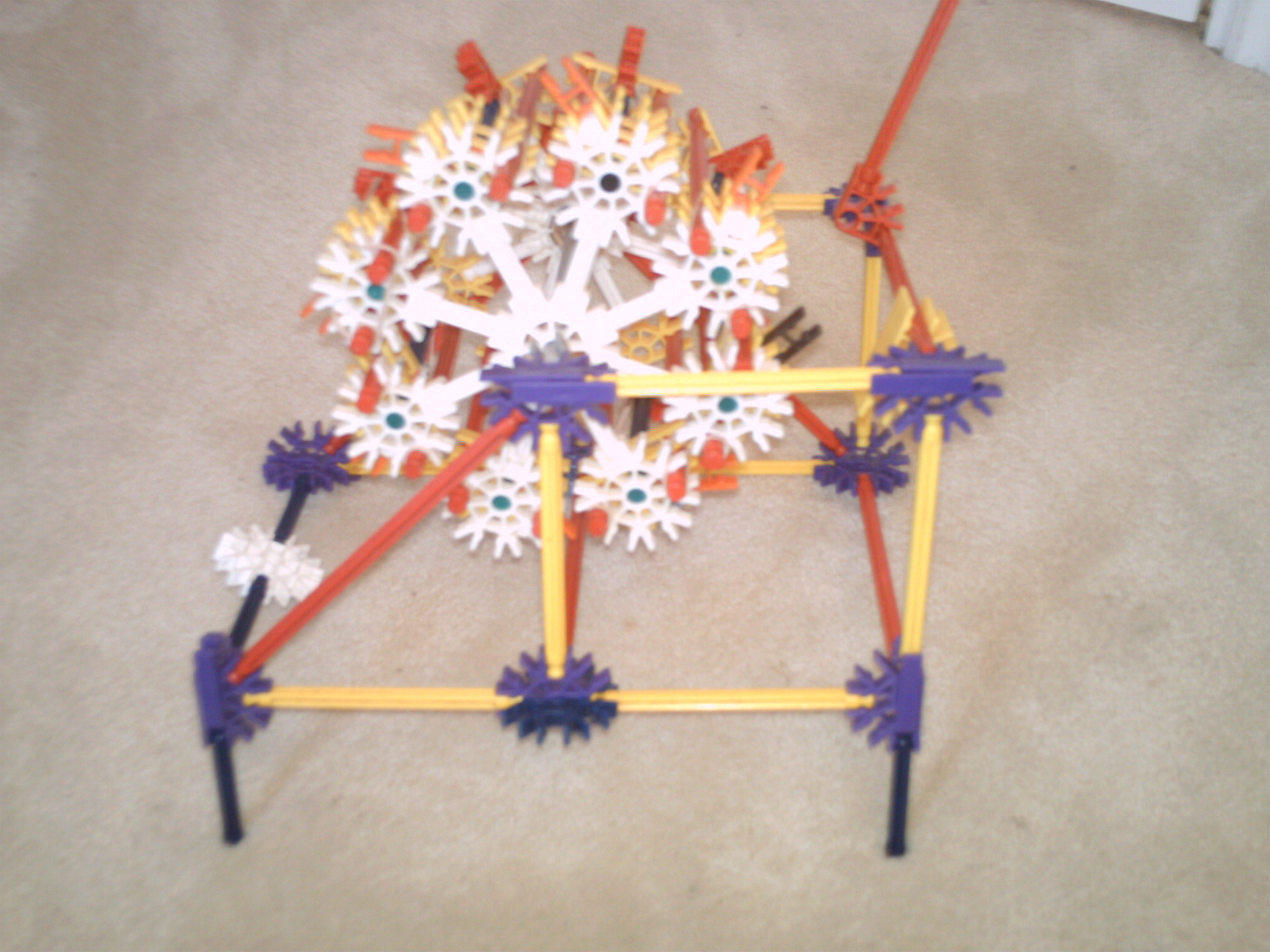 knex gun of kewlness this gun is retro!!!