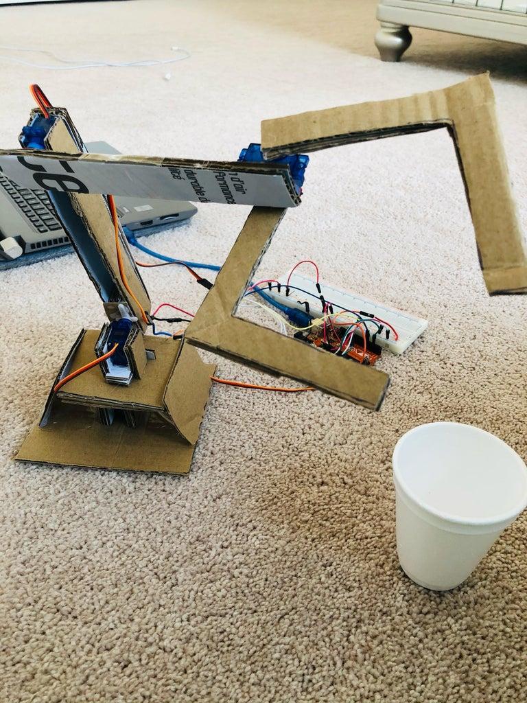 Servo Robot Arm