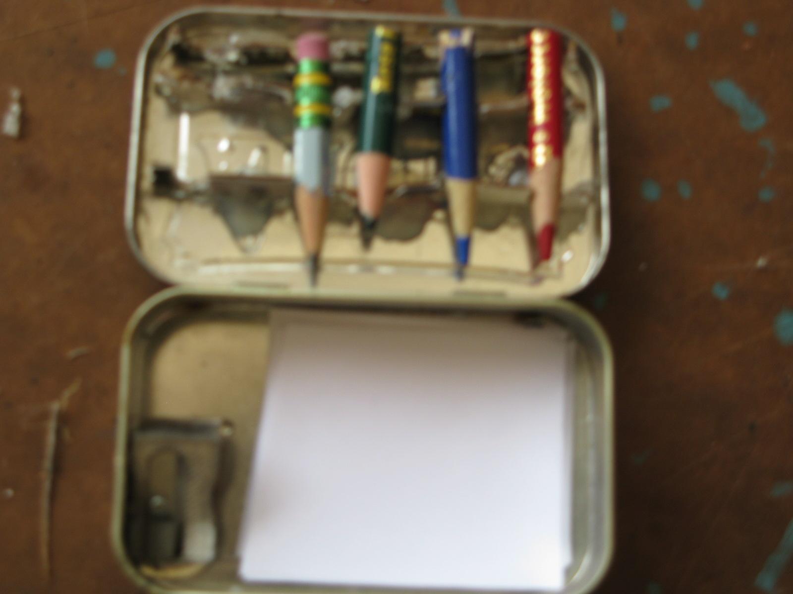 How to Make the Pocket-Size Altoids Tin Art Kit!