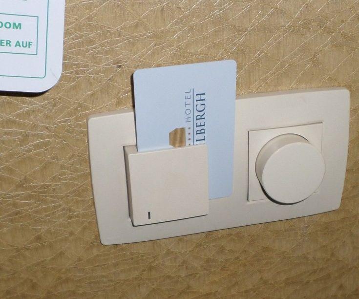 TURN ON LIGHTS WITH RFID CARD