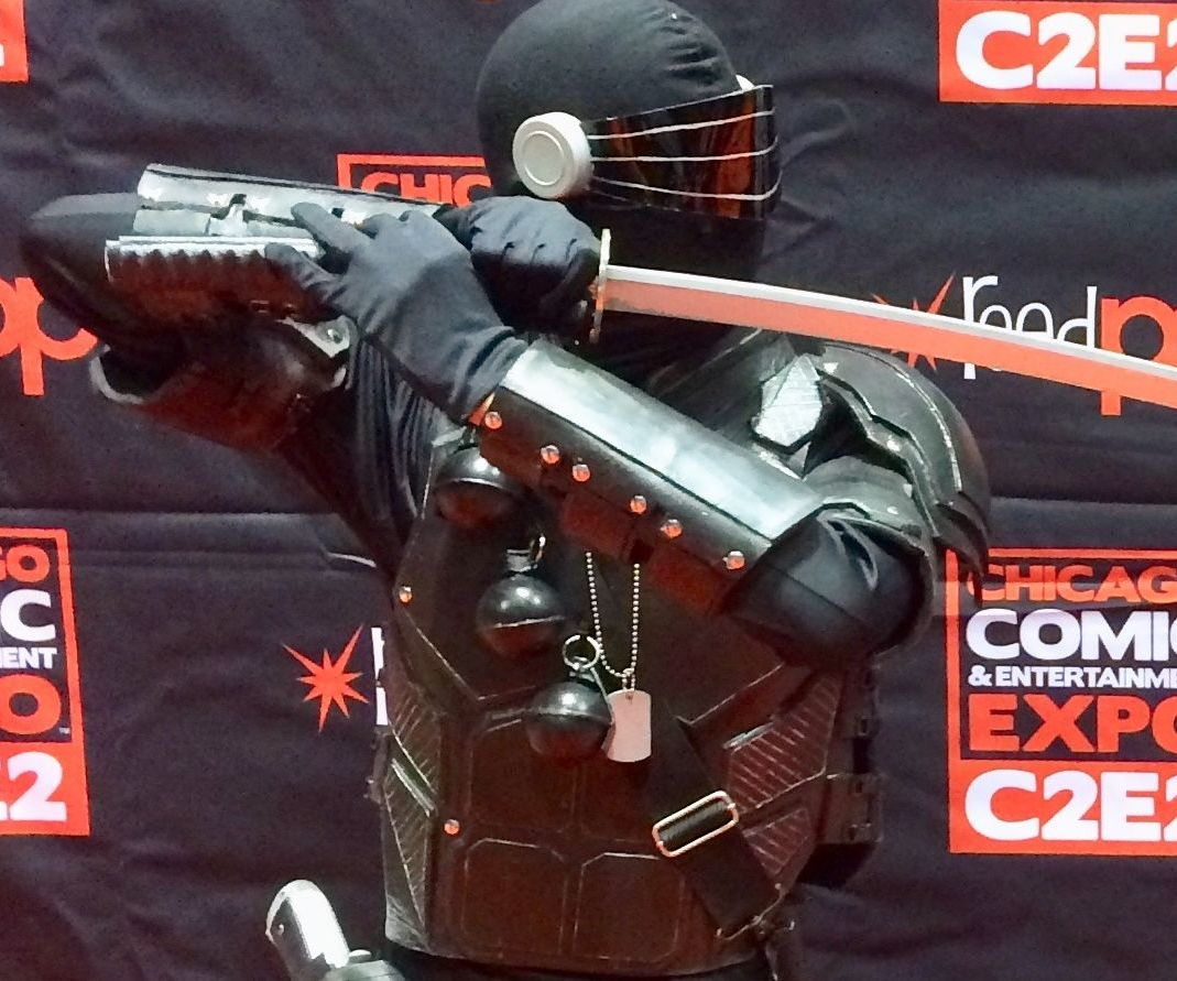 "How to Make a G.I. Joe ""Snake Eyes"" Costume. Version 2.0"