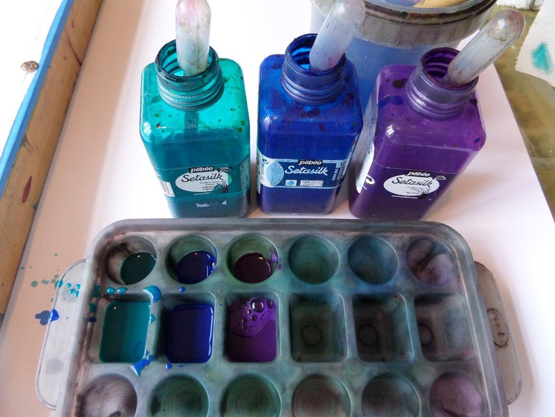 Applying Iron Fix Pebeo Setasilk Paints - Turquoise,Gitane Blue and Iris Violet