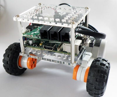 SimpleBot - a Lego Bot With Raspberry Pi at Heart