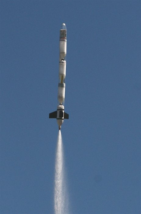 Water Rocket Parachute Deployment Mechanism