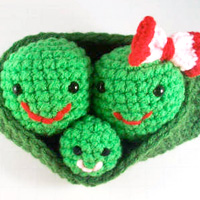 Crocheted Peas in a Pod