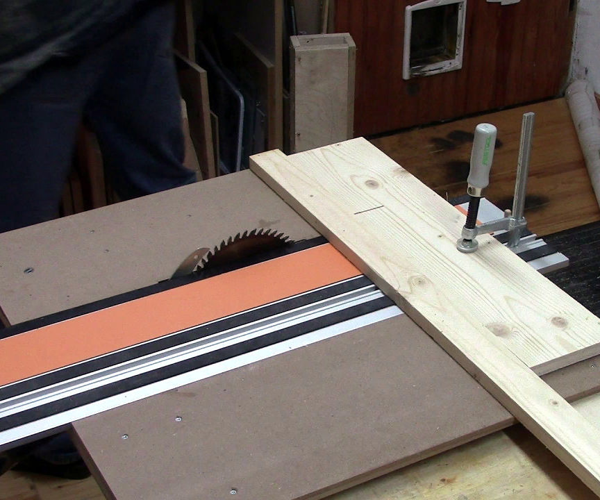 Very Simple DIY Table Saw