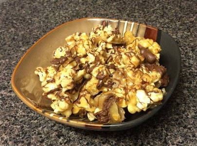 Caramel Popcorn With Chocolate Drizzle