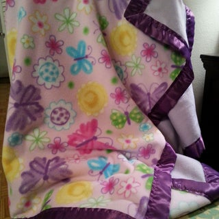 Easy Fleece Blanket With Satin Edges