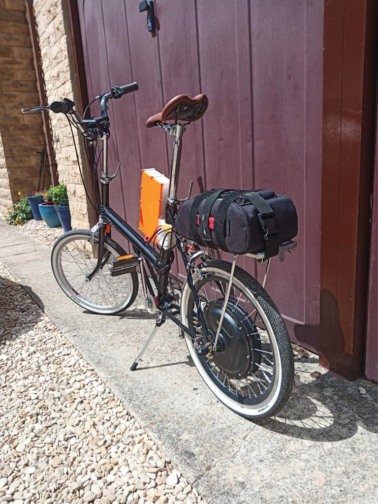 The Finished Bike (Electric 1970's Raleigh Shopper)