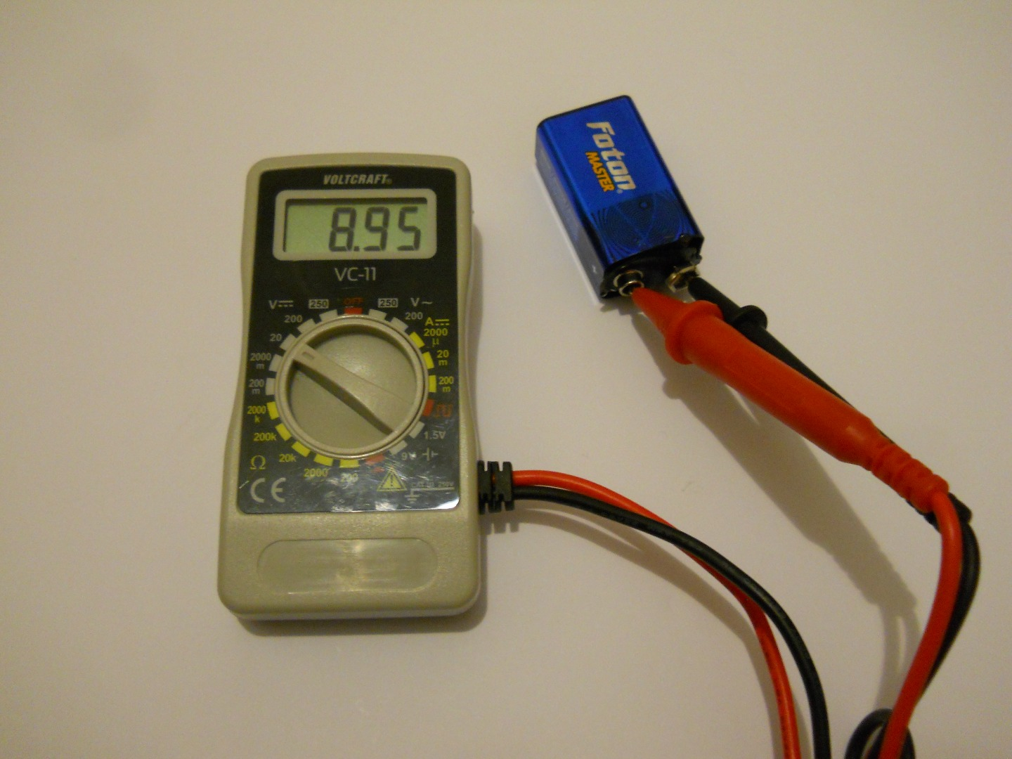 World First 9v Battery that can be Recharged from a USB Port