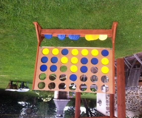 Garden 4 in a Row Game