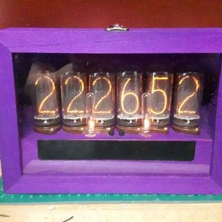 Simple User-adjustable DIY Nixie Clock