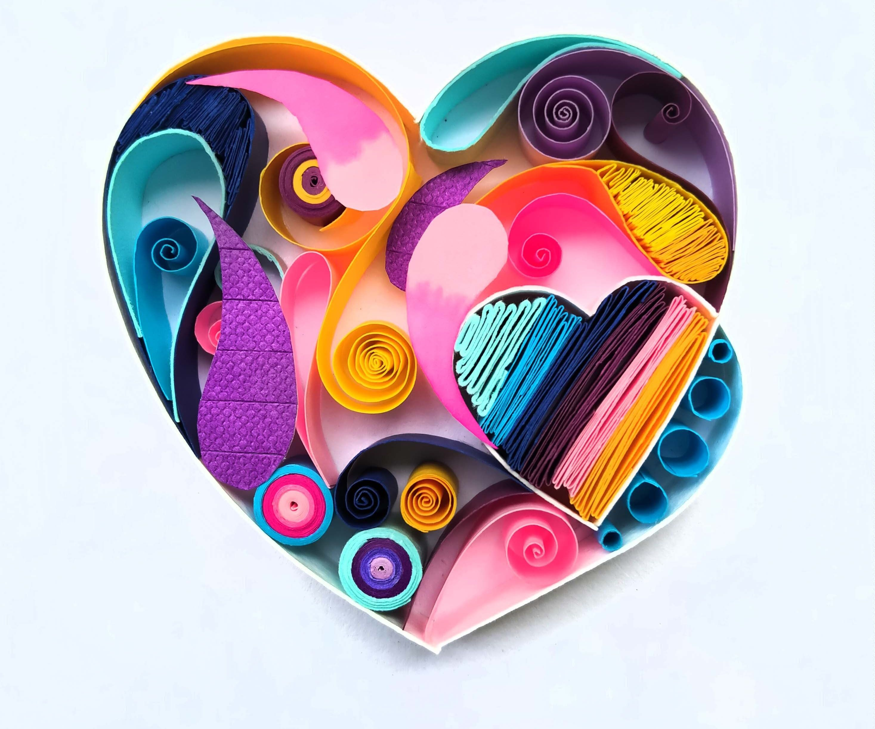 DIY Heart-shaped Paper Quilling
