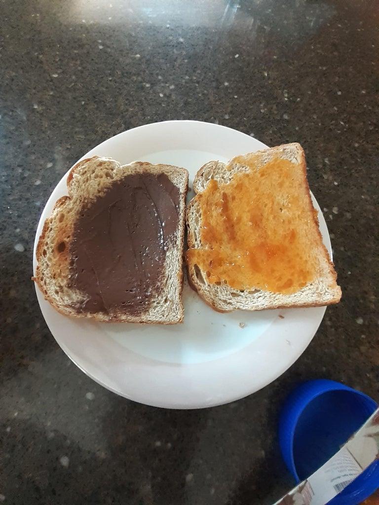 Step 3: Spreading Chocolate Peanut Butter