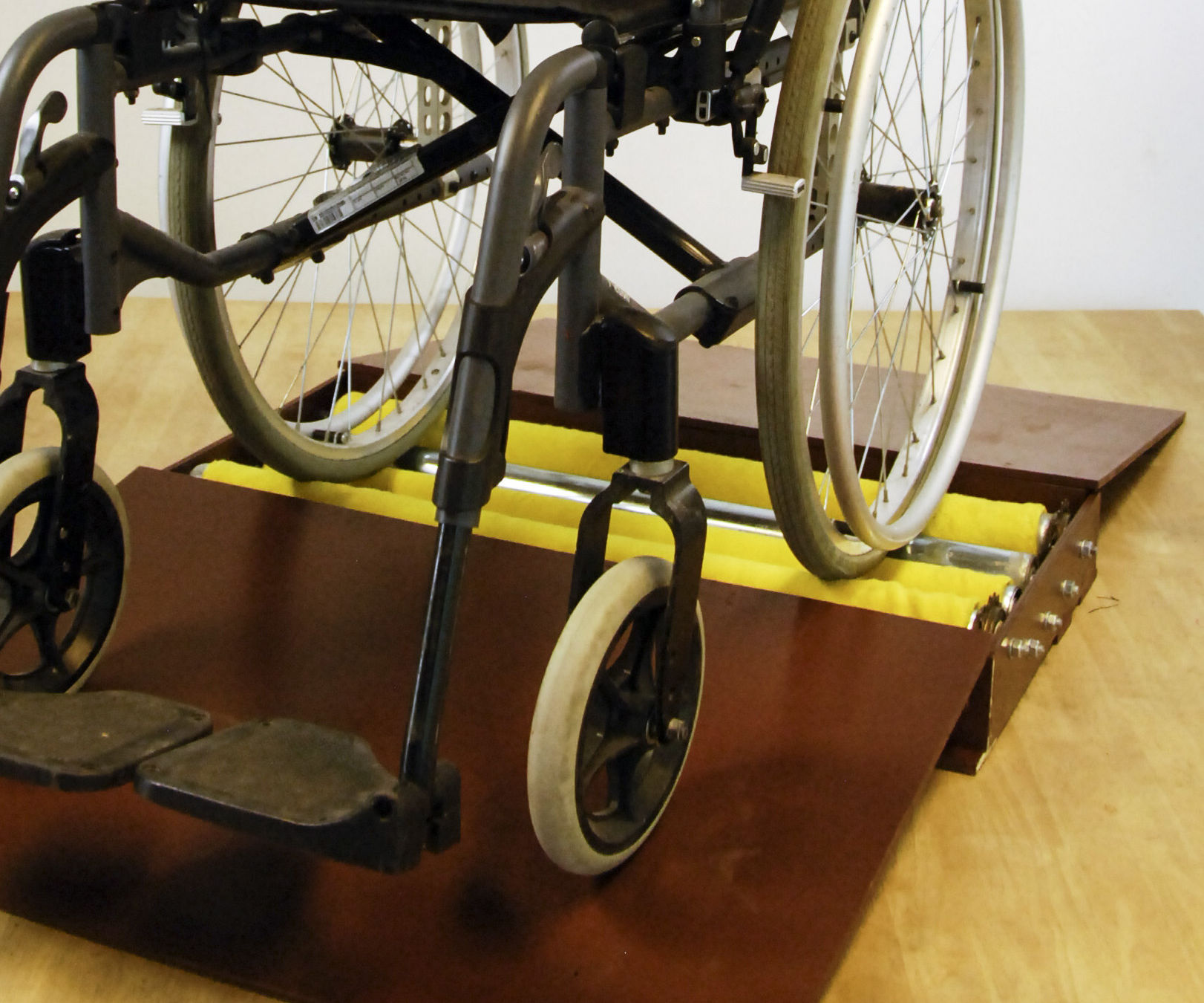 Wheelchair  wheel dryer