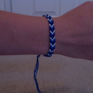 How to Make a Chevron Friendship Bracelet