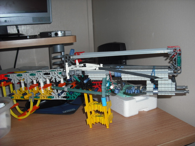 my knex gun with grenade launcher (mods wanted)
