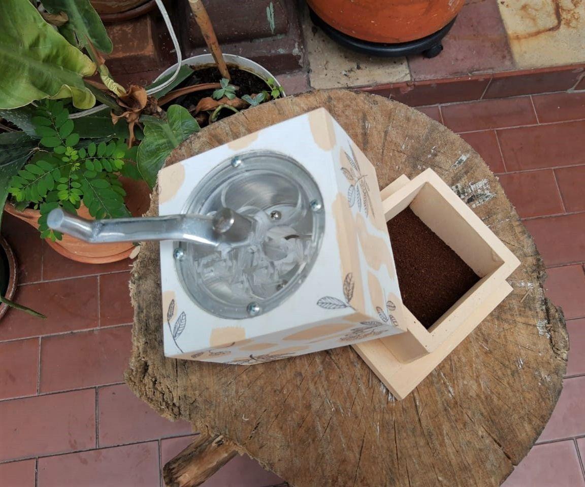 DIY Customizable Coffee Grinder