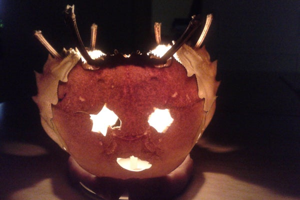 Chinese Steamed Crab Became 3-faced Jack-o'-lantern