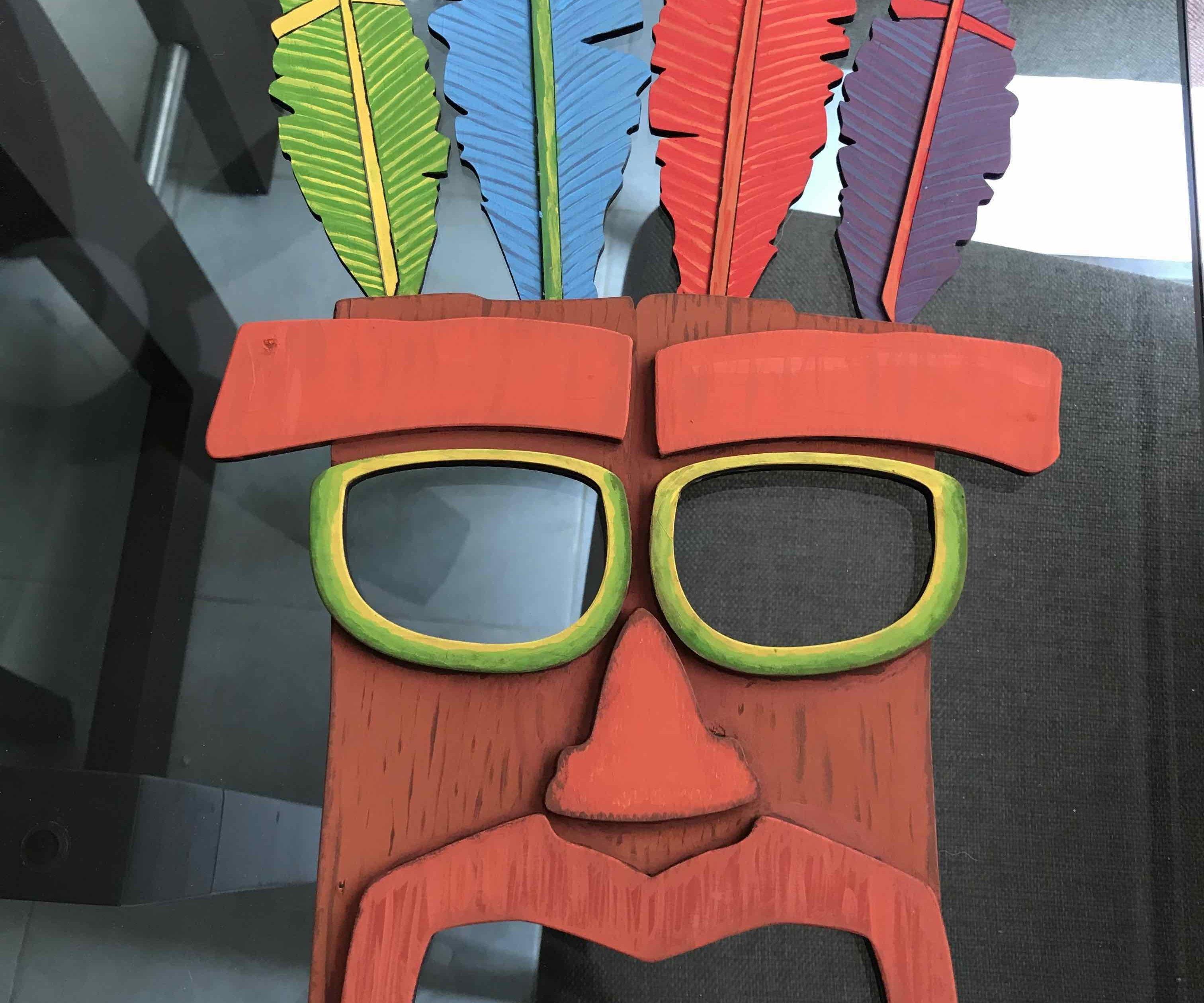Aku Aku Mask Crash Bandicoot