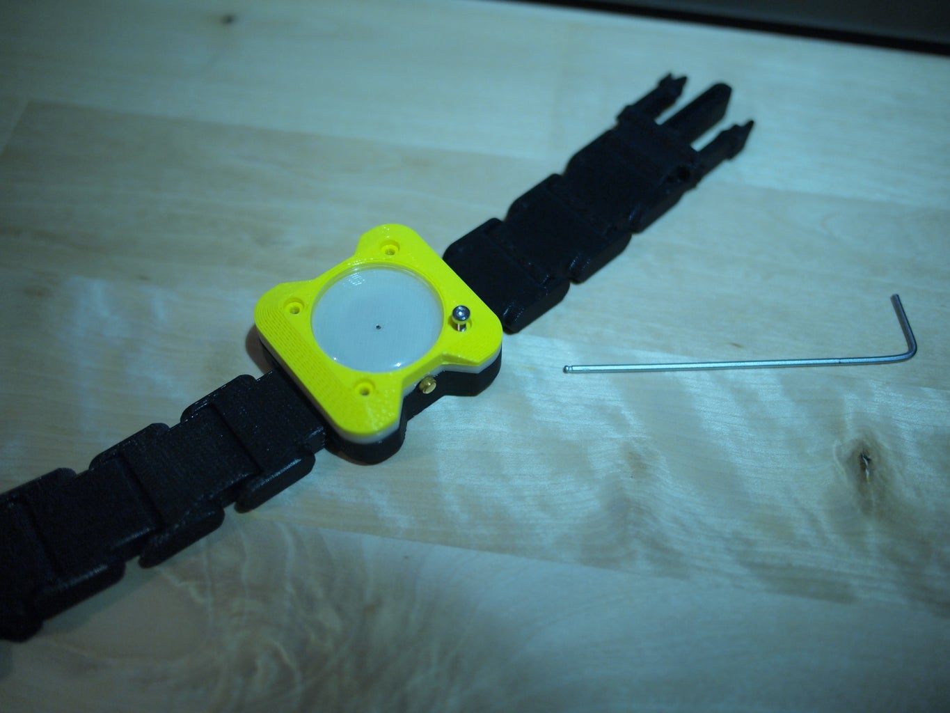 Fit Watch Front to the Body