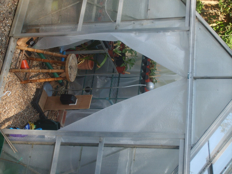 Easy Greenhouse Heater