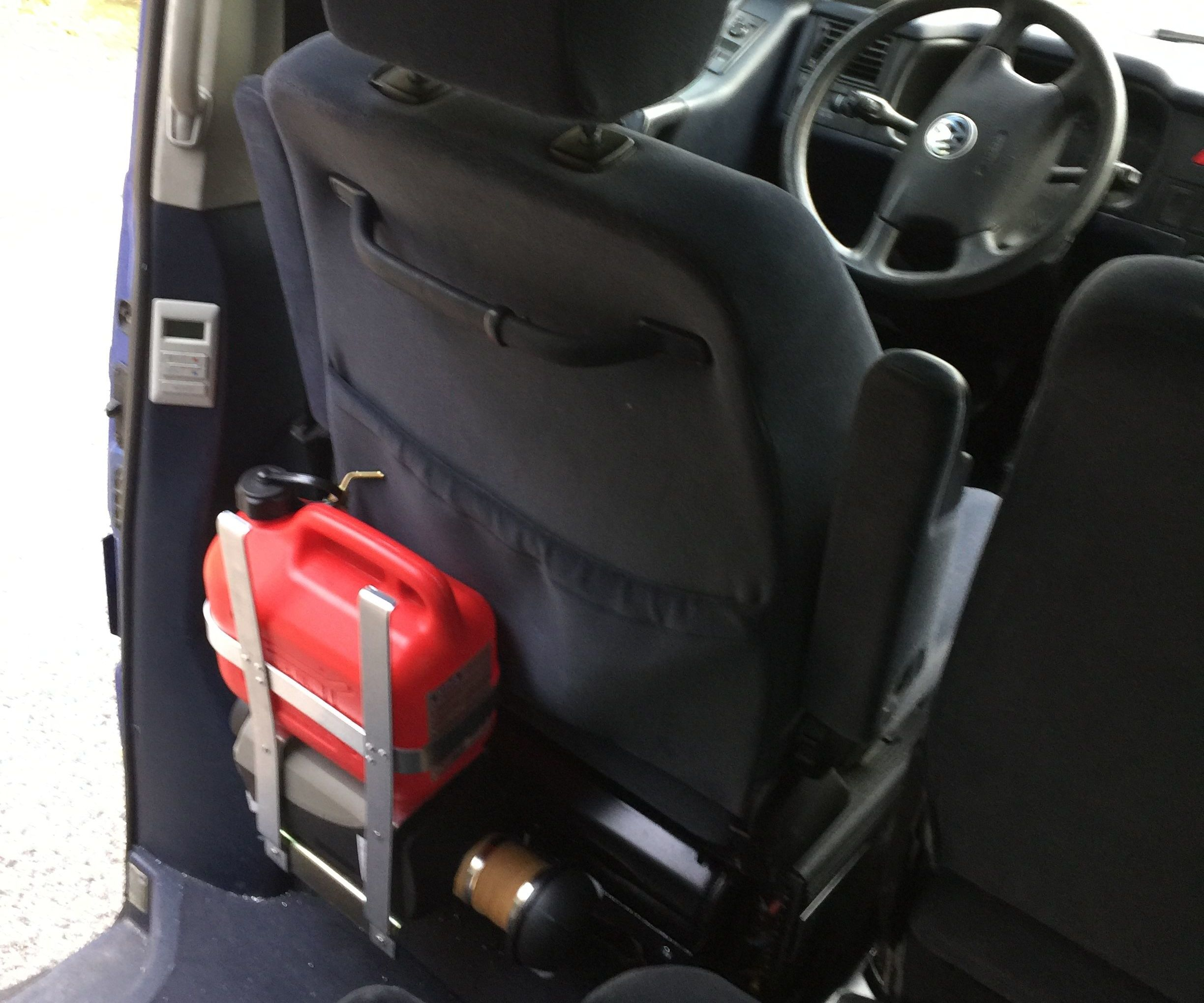 Simple Installation of a Parking Heater in a Campervan