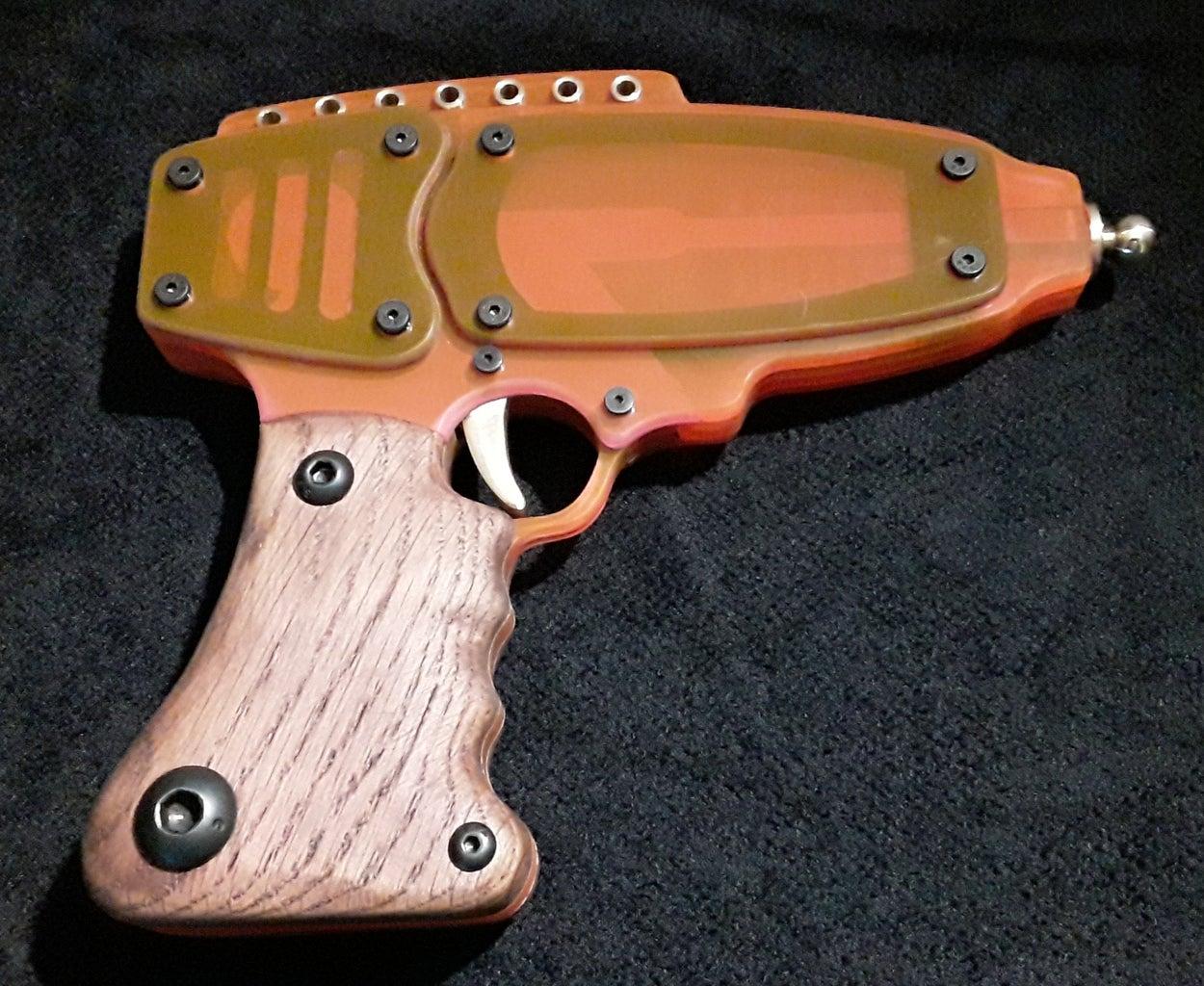 A Finished FLORESCENT Laser Pistol