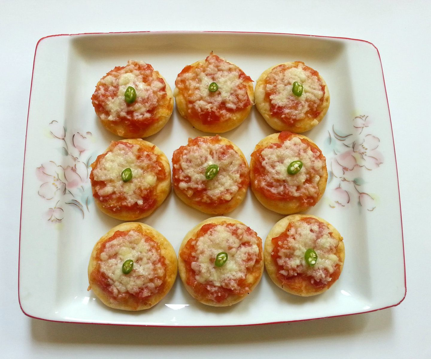 Delicious Mini Pizzas