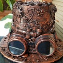 How to Make a Steampunk Hat From Recycled Materials