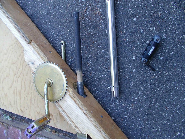 Assemble Headset (HS) on Steerer Through Beam