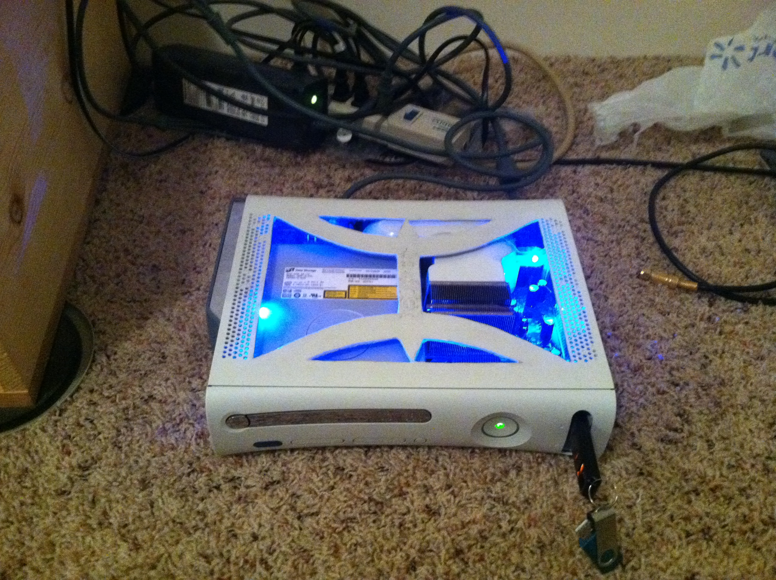 how to case mod an Xbox 360 for dummies