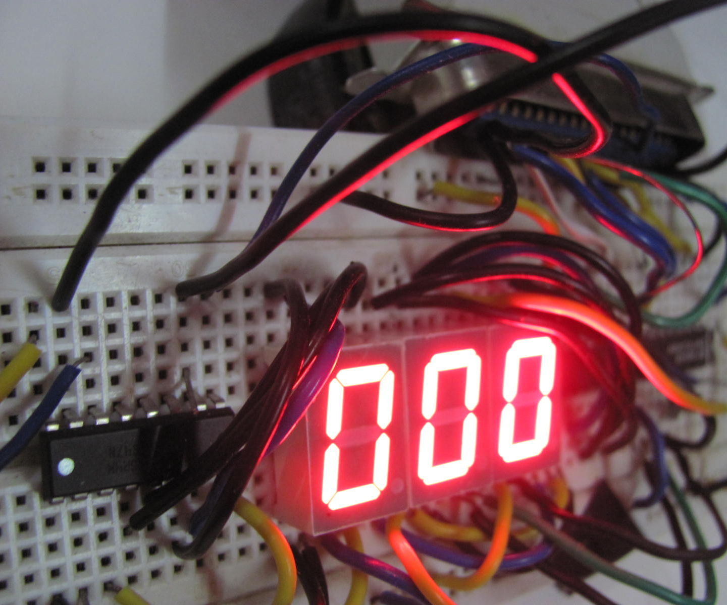 Turn any PC into a microcontroller for free in 4 steps