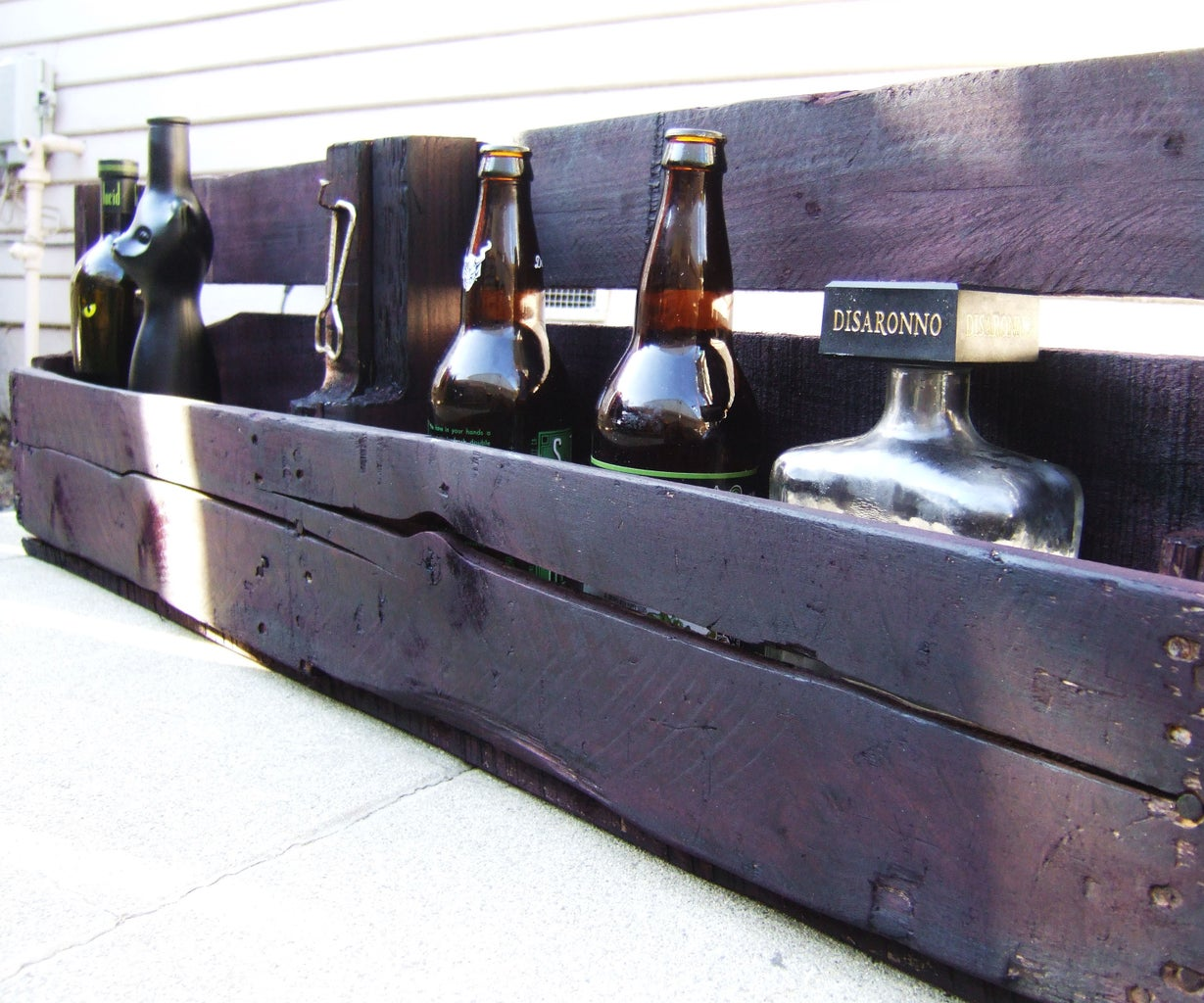 Un Bar Hecho De Palets Reciclados