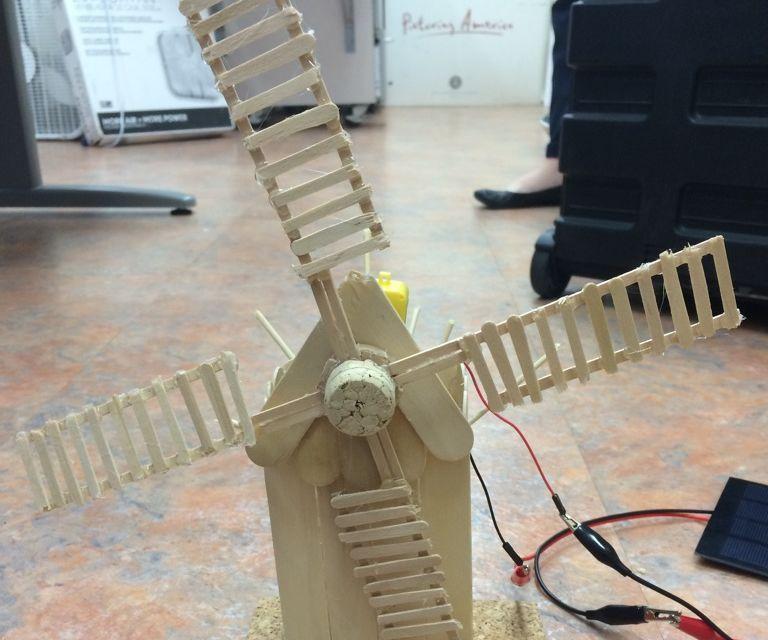 Windmill Powered by Windmill