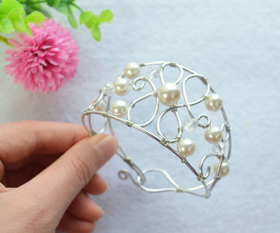 Woven Bracelet With Pearls and Silver Wires- a Particular Gift for Your Best Friend