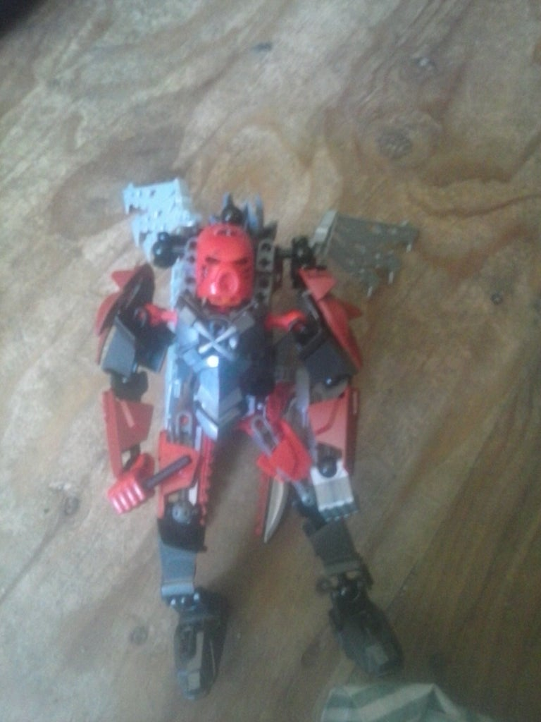Hero Factory Bioformers Brothers Redawin and Deathlord.