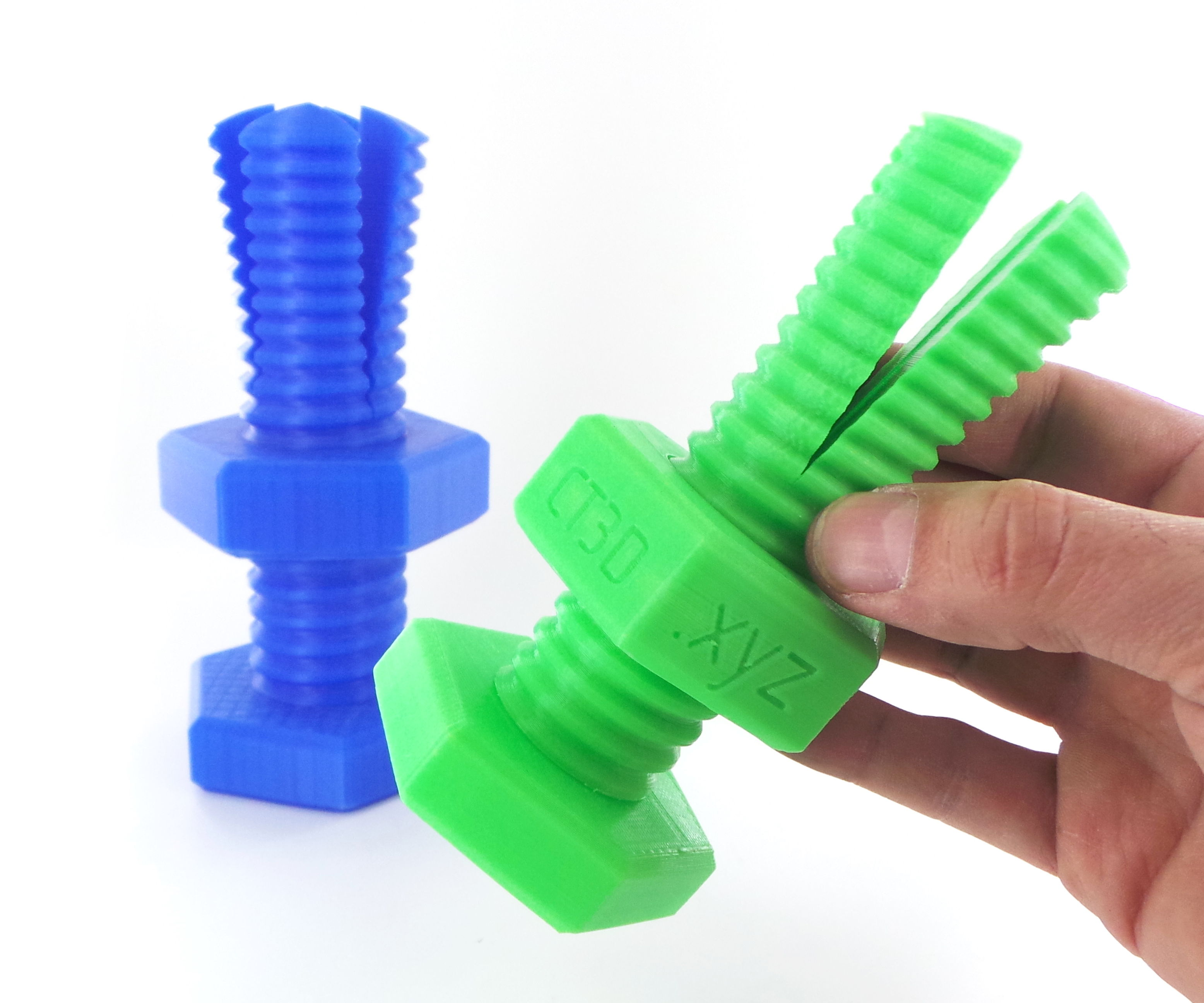 Impossible 3D-printed bolt and nut