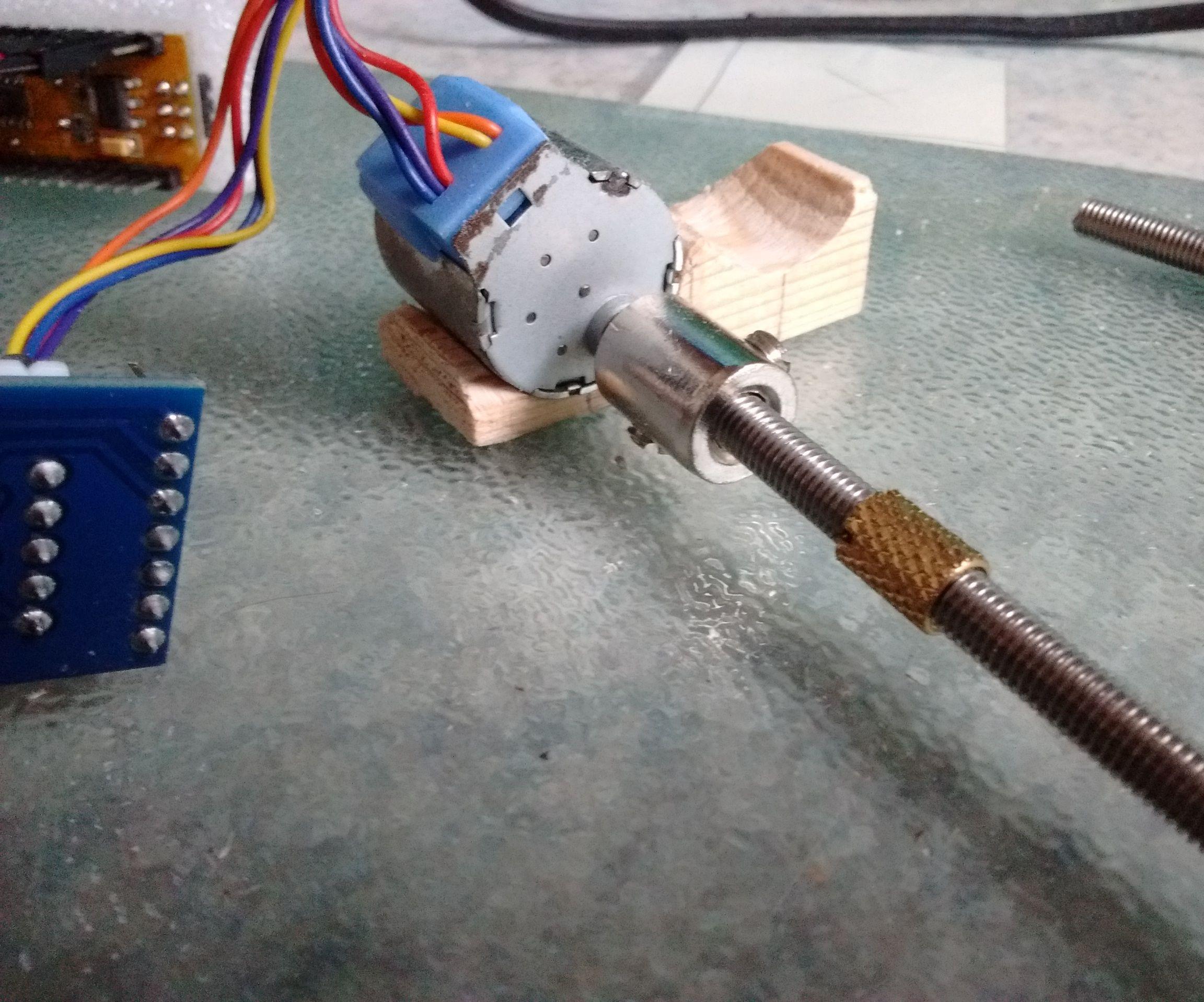 Linear Actuator Stepper Motor