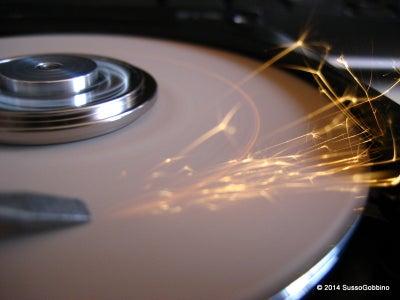 Sander / Grinder From an Old Hard Disk
