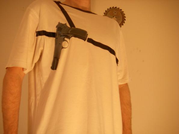 Anti Mugging T-shirt.