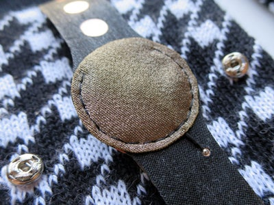 Conductive Fabric With Magnet
