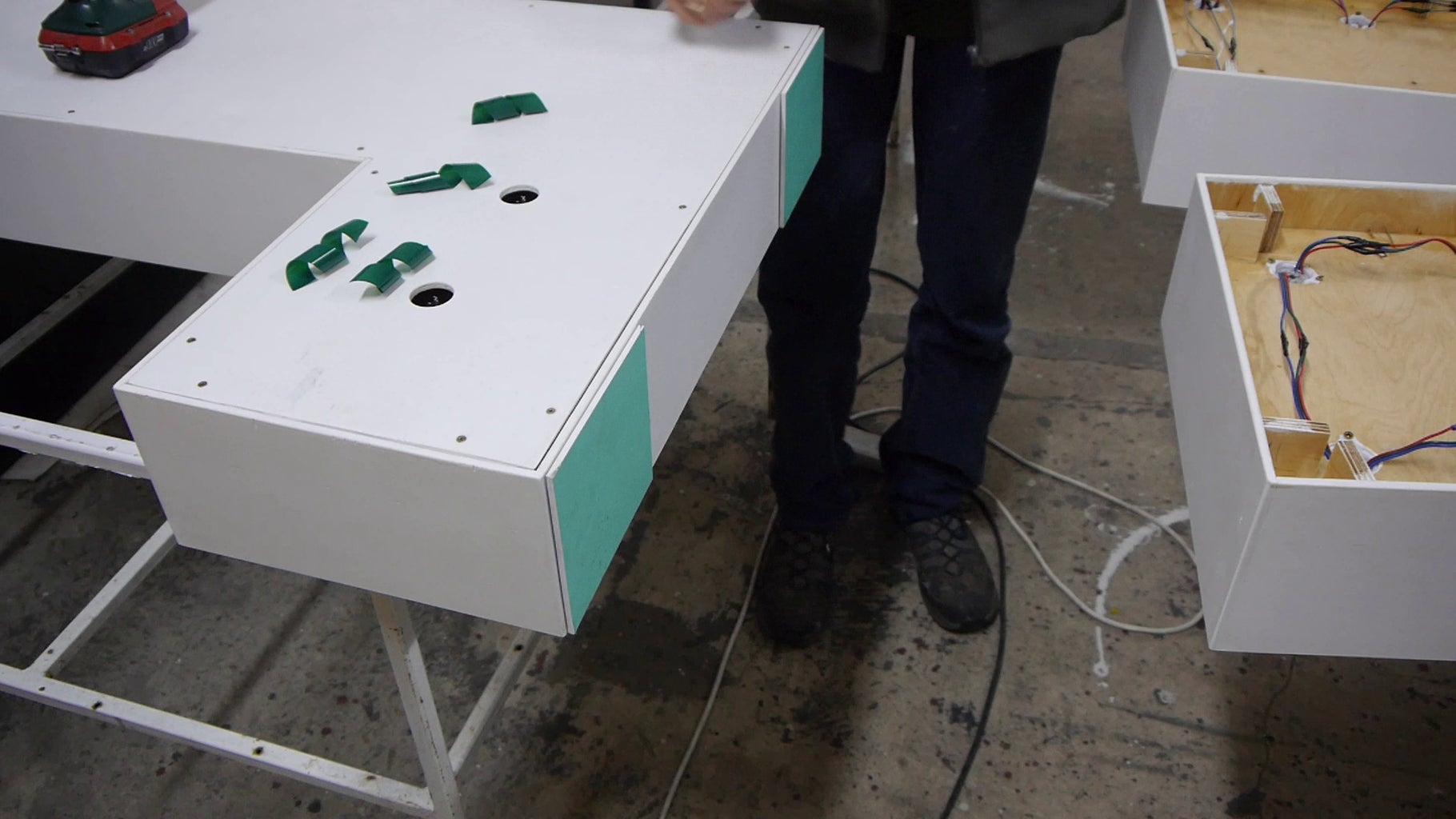Assembling and Connecting Letters