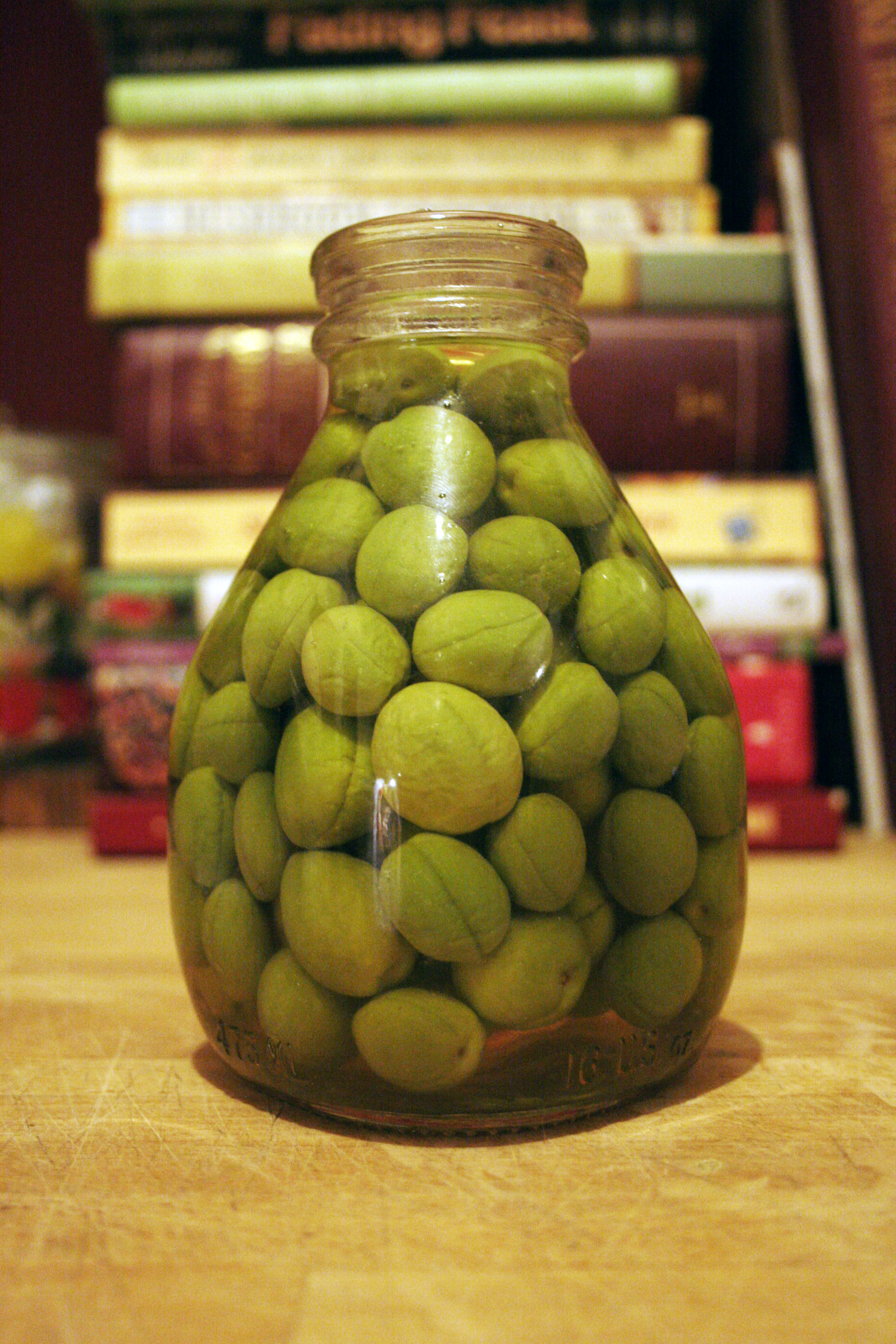 Cure your own olives