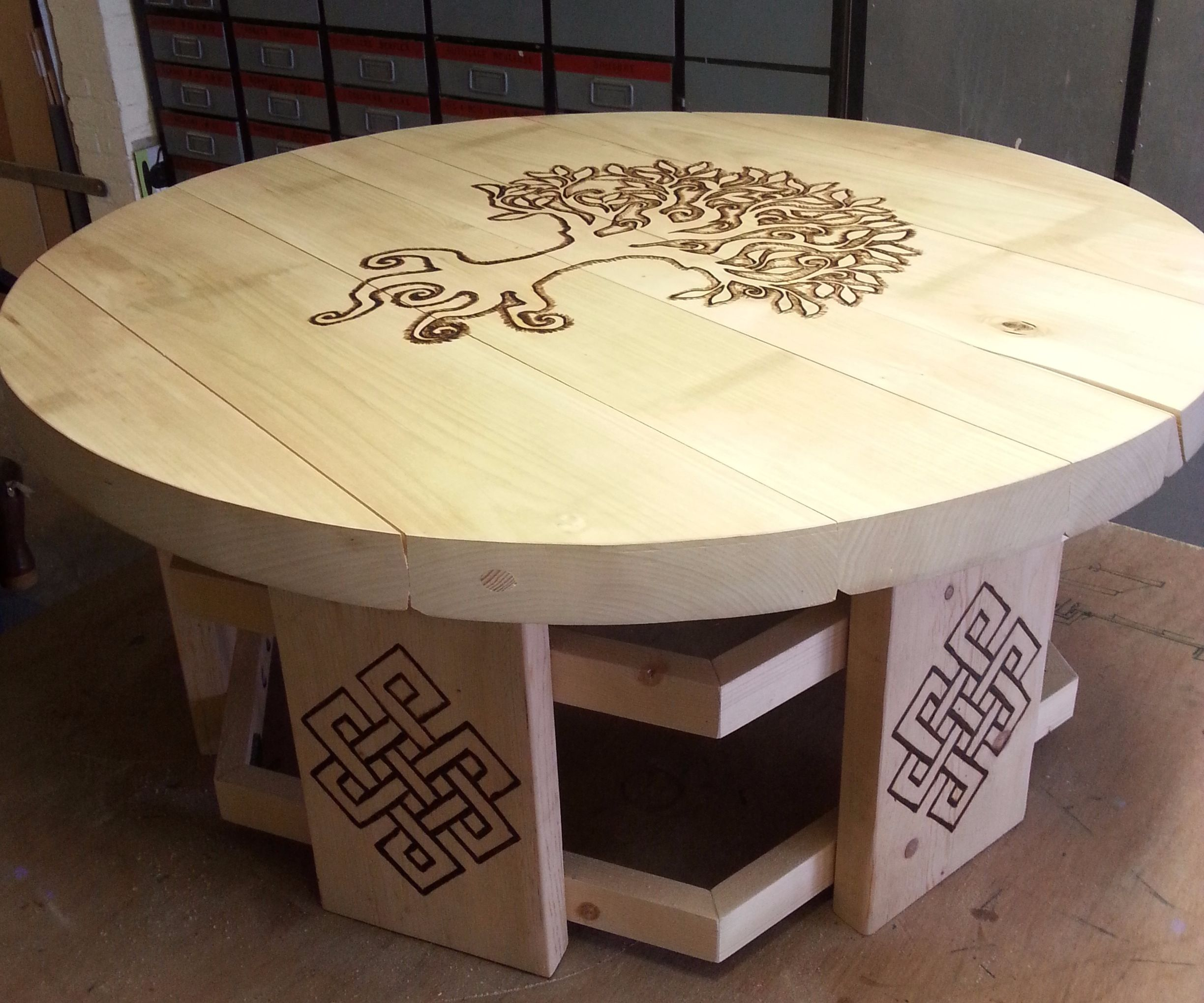 engrave Tavern table