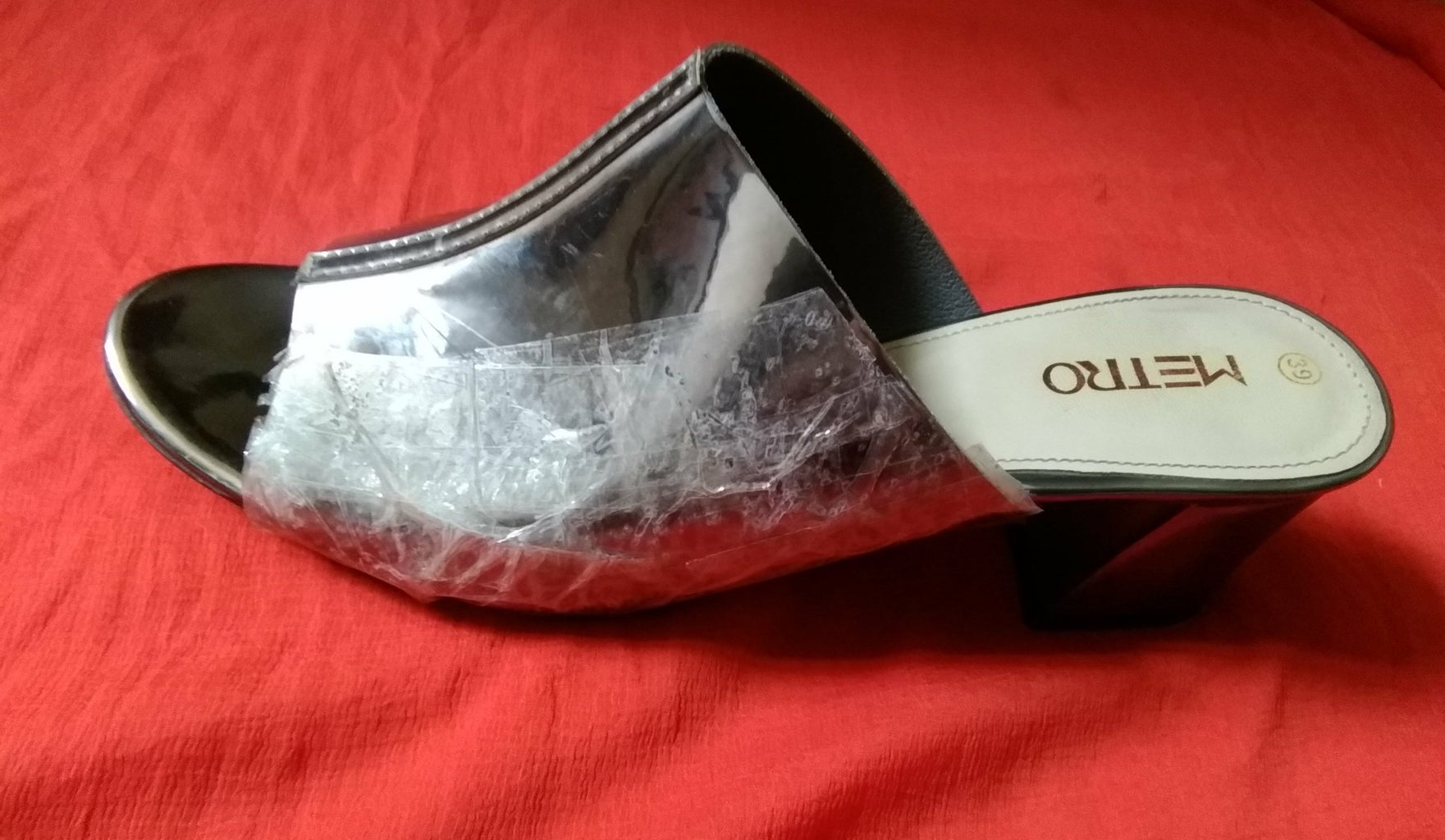 MAKING THE UPPER PART OF THE SHOE