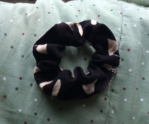 Super Easy DIY Scrunchie!!
