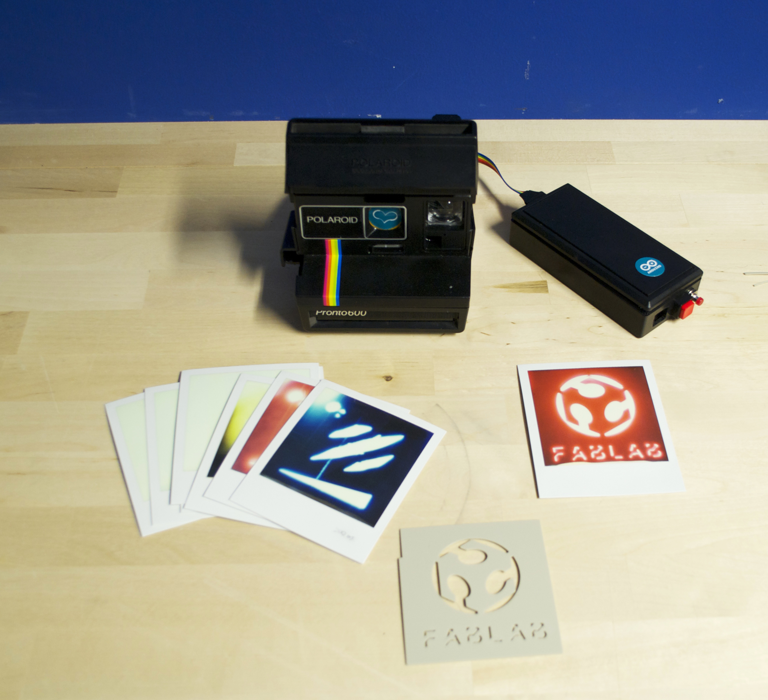Business Card with Polaroid + Arduino